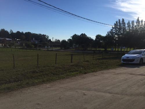 solar de 2135 m2 en esquina, nueva helvecia, barrio el prado
