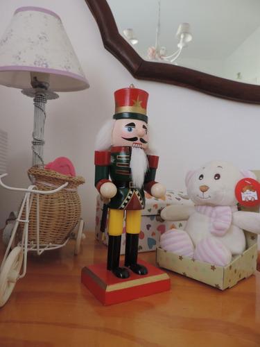 soldado ingles de madera cascanueces