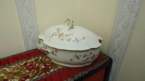 sopera porcelana limoges rococo antigua 100 años veala