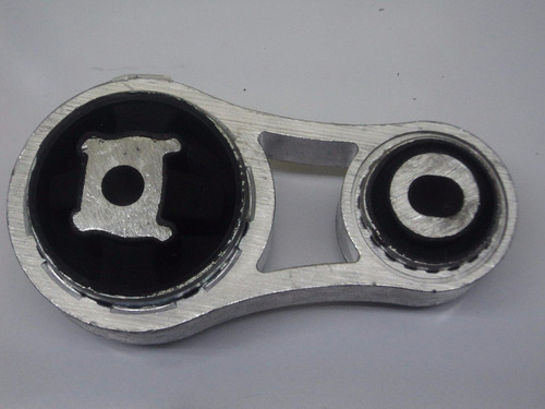 soporte motor hueso inferior  derecho trafic