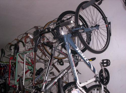 soportes para colgar o transportar la bicicleta