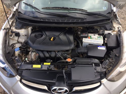 sucata hyundai elantra 2012 gasolina