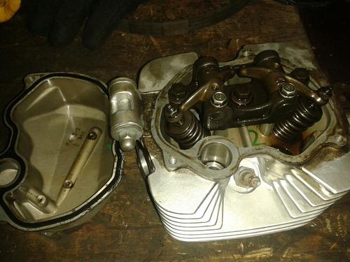 tapa de valvulas y cilindro gs 200cc