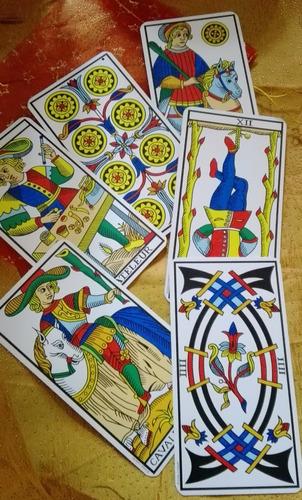 tarotista - lectura de tarot - cartomancia - tarot