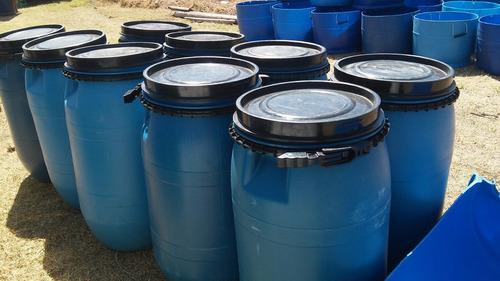 tarrinas 88 litros limpias (aceitunas) tapa y suncho