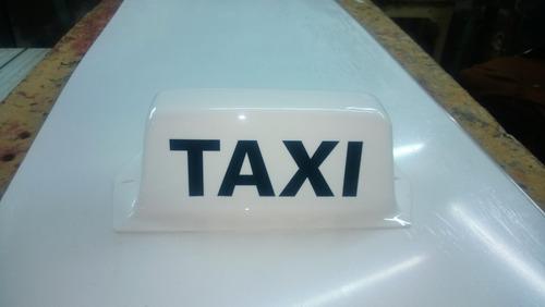 taxi,luminosos de techo.,numeros en acrilicos.