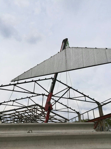 techos y galpones: reparación, hojalateria, herrería.