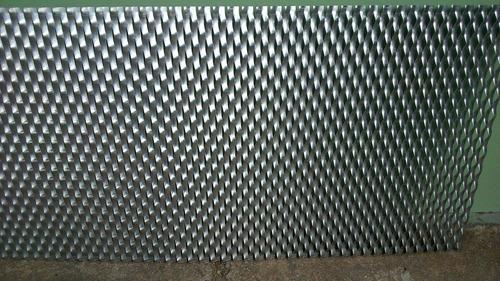 tejido malla metal desplegado