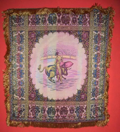 tela - tapiz bordado - motivo  corrida de toros
