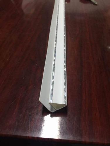 terminación perimetral u de pvc para cielorraso de 6m