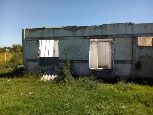terreno 442m2 c/esqueletos de 2 dormitorios, baño y cocina