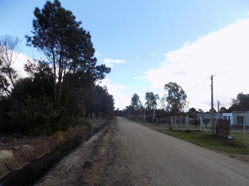 terreno a 2 cuadras de la ruta