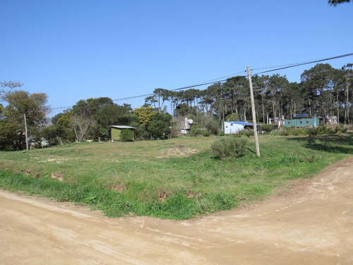 terreno a 200 metros de la r 15 , barrio parque, la paloma