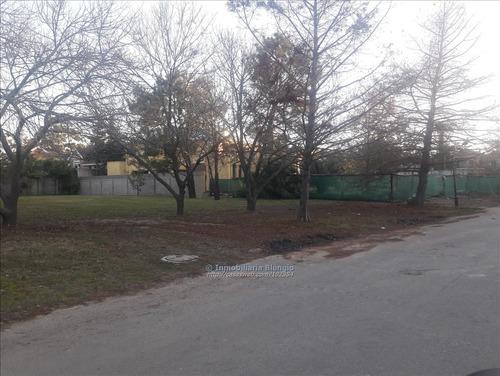 terreno barrio jardines de carrasco