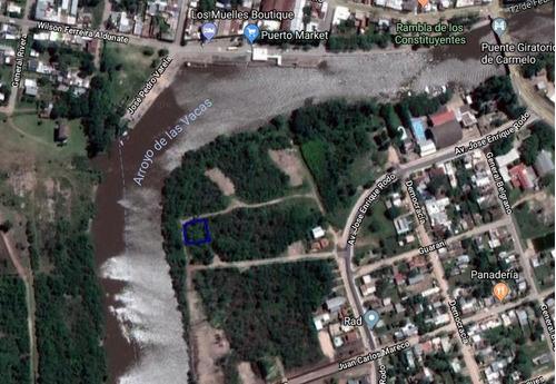 terreno, cercano al arroyo, zona con mejoras
