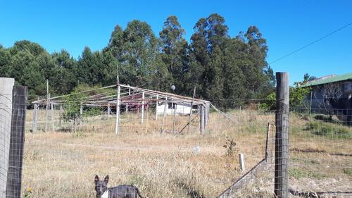 terreno de 1000 metros con pequeña vivienda