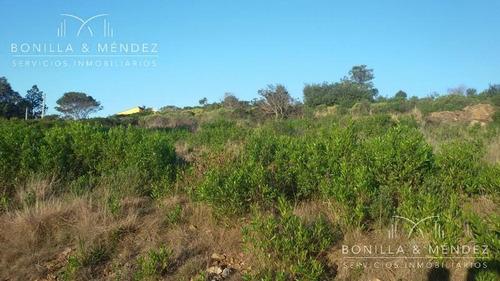 terreno en altura con vistas todo piriápolis y el mar