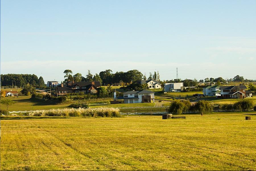 terreno en barrio privado  colinas de carrasco