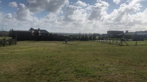terreno en canelones colinas - barrio privado - d16