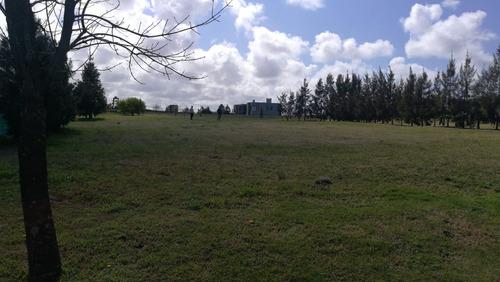 terreno en canelones colinas de carrasco- barrio privado- b2