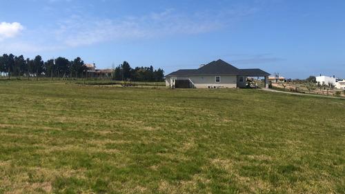 terreno en canelones colinas de carrasco- barrio privado- c7