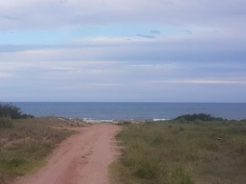 terreno en punta del diablo  playa la viuda