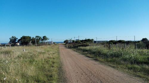 terreno en punta negra sobre calle perú - ref. 657
