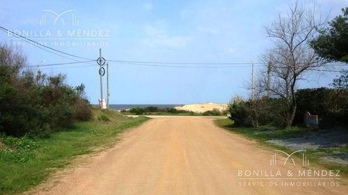 terreno en san francisco a menos de media cuadra de la playa.