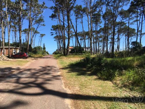 terreno en venta a dos cuadras del mar - playa mansa - punta ballena