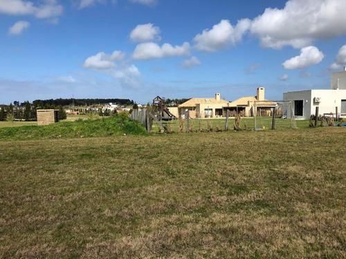 terreno en venta - colinas de carrasco - barrio privado- b15