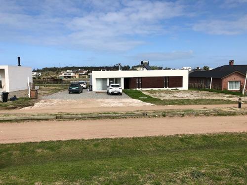 terreno en venta - colinas de carrasco - barrio privado c11