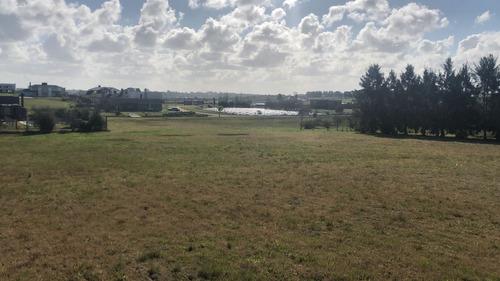 terreno en venta - colinas de carrasco - barrio privado- h1