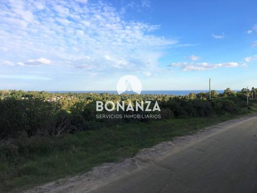 terreno en venta, piriápolis, playa hermosa. 421 m²