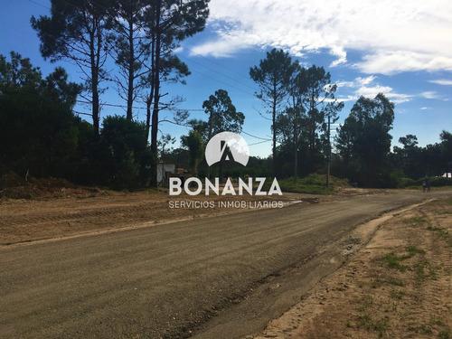 terreno en venta, piriápolis, punta colorada. 1000 m2