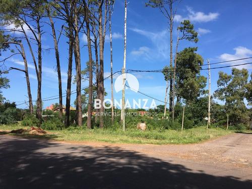 terreno esquina en venta, piriápolis, barrio country