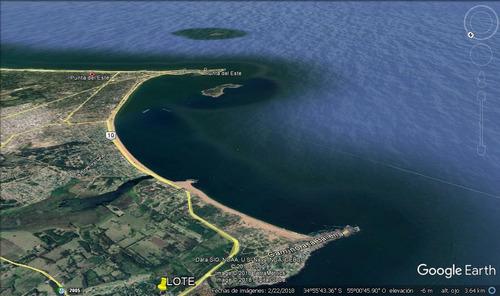terreno punta ballena con vista a la peninsula