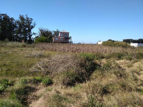 terrenos balneario buenos aires. 3 solares 300 m c/u.c35y57