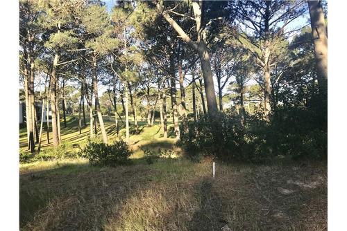 terrenos en club del lago golf