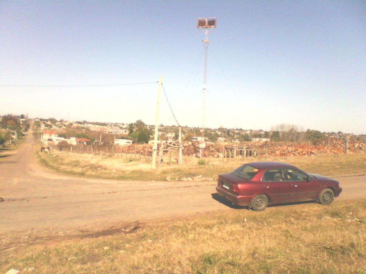 terrenos sobre avenida
