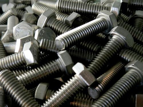 tornillos  y accesorios  en acero inoxidable