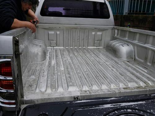 toyota hilux  4x4 automàtica srv 2005 diesel u$s 32.500