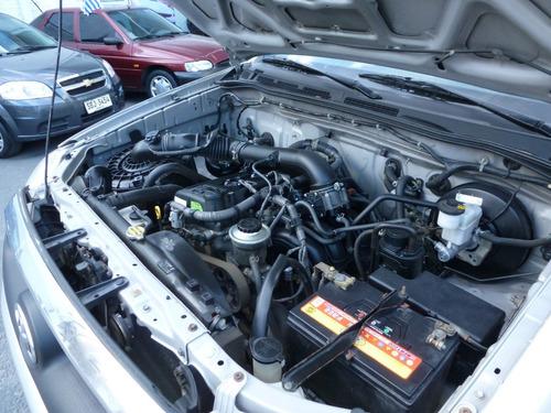 toyota hilux  cab doble 4x2 100% financiado galbo motors