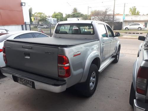 toyota hilux sr 2.5  4x2 año 2015 diesel