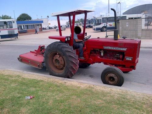 tractor con pastera 1.70 metros / vendo tomo ganado