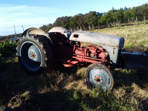 tractor ford 8n 1951