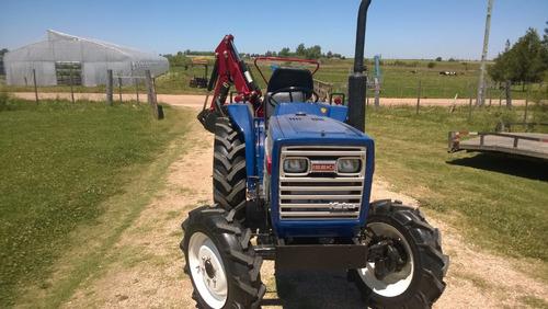 tractor iseki  tl 2500 4x4 con direccion hidraulica