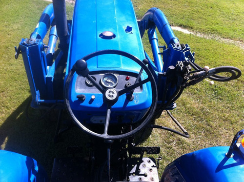 tractor iseki ts2810 con pala de fabrica  impecable estado