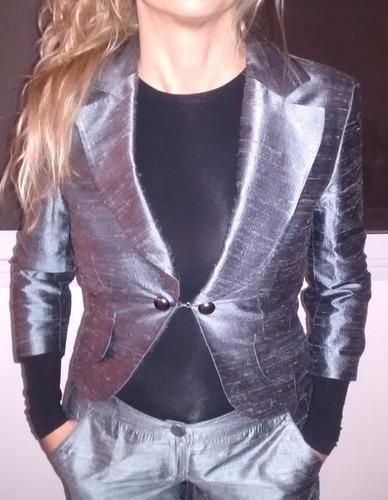 traje de mujer en seda pura importado italia
