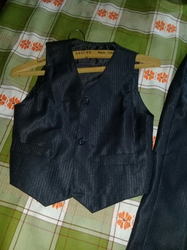 traje de vestir para niño!