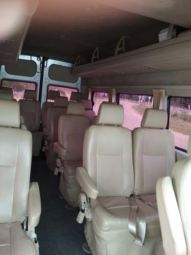 traslados de pasajeros - vans combi evento chacras remis
